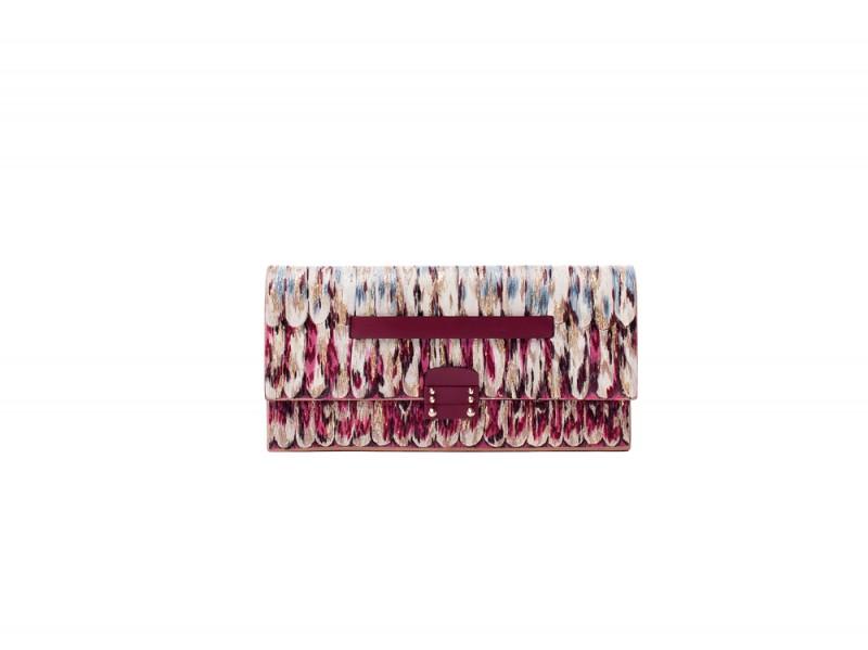 pochette-valentino-800x599