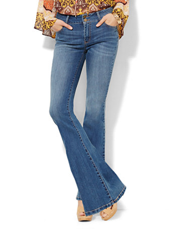 Soho-Jeans-High-Waist-Curvy-Flare-Goldstone-Blue-Wash_09107961_757