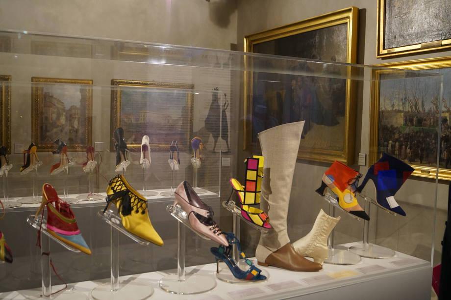 i-colori-delle-scarpe-manolo-blahnik