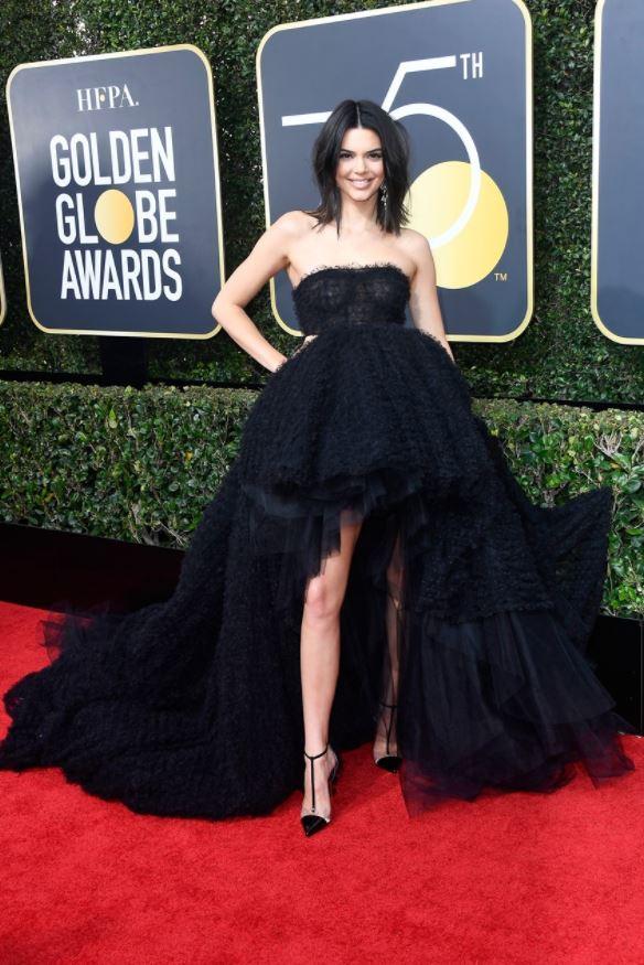 Kendall-Jenner-Giambattista Valli Couture