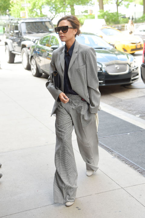 Victoria-beckham- tailleur-pantalone