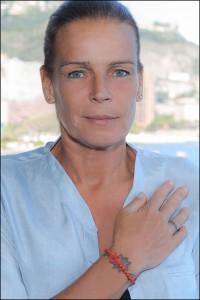 La-Principessa-Stephanie-di-Monaco-con-il-braccialetto-Cruciani-C-Fiocco-Rosso_1