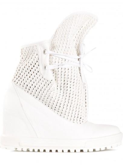 sneakers-bianche-con-zeppa-vivienne-westwood