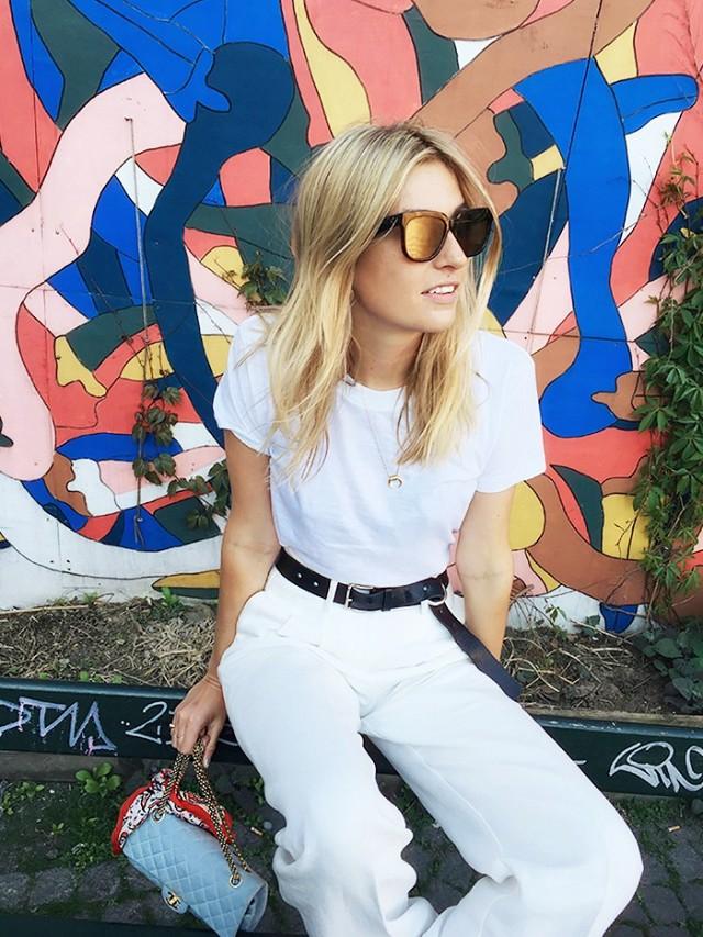 White Tshirt
